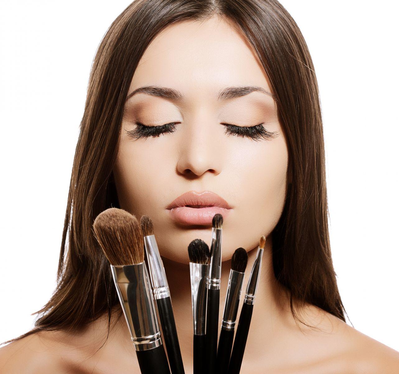 2 Look Pretty: Back To School Makeup Tutorial